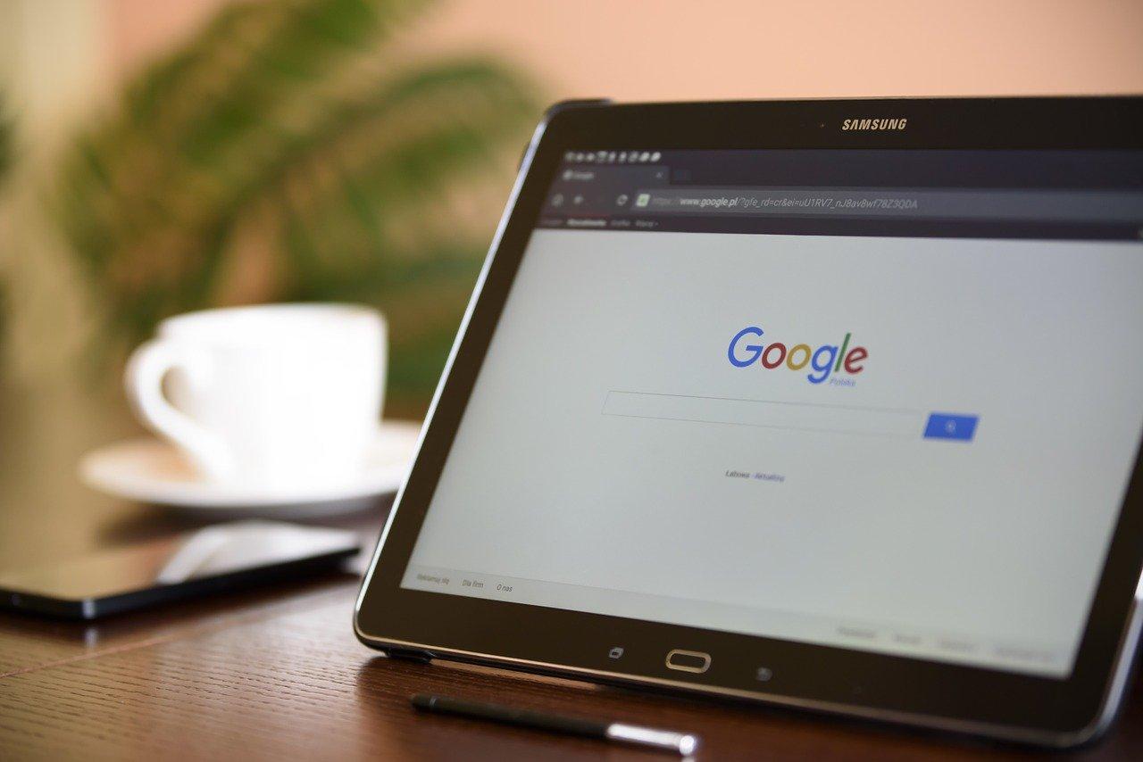 Los negocios latinos necesitan entrar en el mundo digital